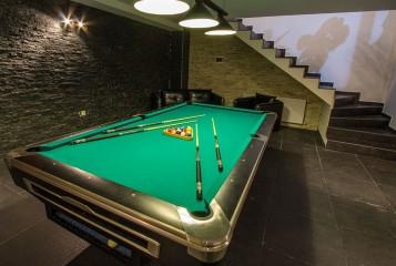 Rio billiards hall