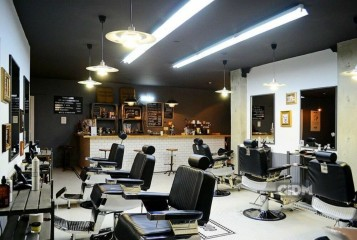 Men's Salon Chop-Chop